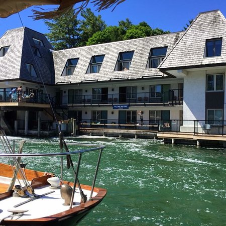 FALLING WATERS LODGE - Updated 2018 Prices & Hotel Reviews ...