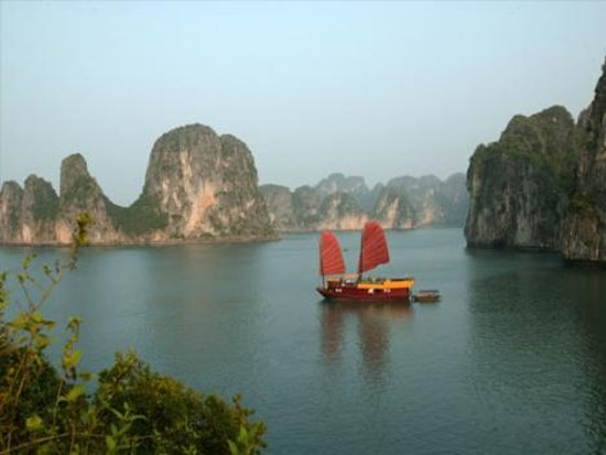Vintage Junk Nang Tien Cruise照片