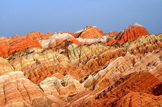 Private Hiking Tour: Binggou Danxia...