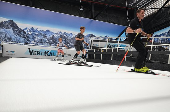 Vertikal Indoor Snow Sports