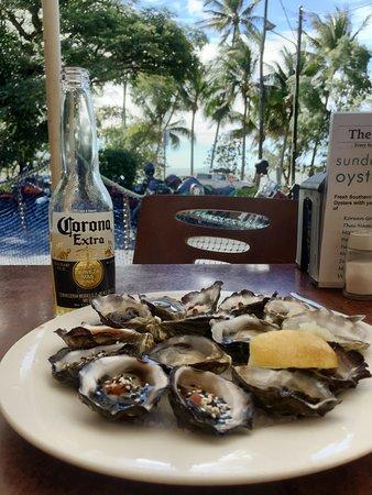 Ellis Beach, Australien: Sunday $1 Oysters