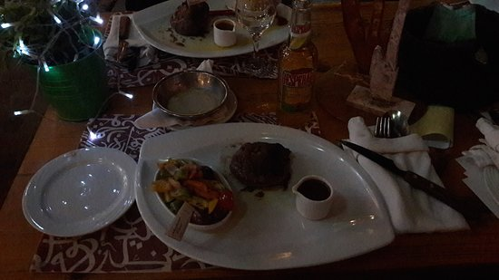 Bordiehn's Restaurant B's at Marina: Camel steak with chili / chokolat sauce