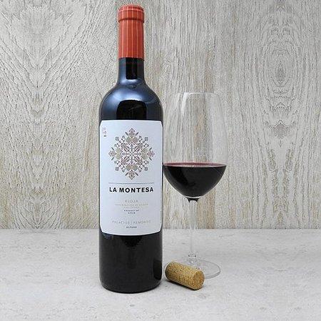 Enjoy Coffee Bar: Rioja La Montesa. Vino elaborado a partir de las variedades, Garnacha, Mazuelo y Tempranillo.14%