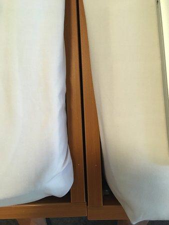 Hotel Ambiente Berlin City: No doubble bed. Two singles