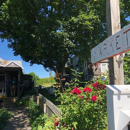 Woods Hole Inn: photo0.jpg