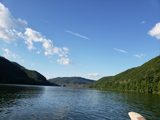 Hinton, WV: View of lake and damn in background.