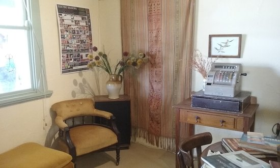 Wilcannia, Australia: One of the Sitting Rooms