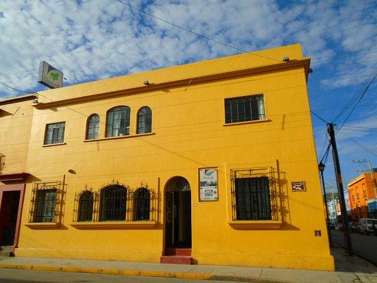 Paulina Youth Hostel: Nuestra fachada