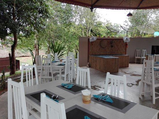 Sanctuary Nam Ngum Beach Resort: Lunch time