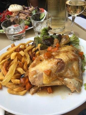 La Dauphine: Poulet Fermier Roti
