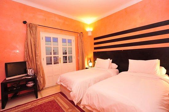 ホテル カリポー サハラ