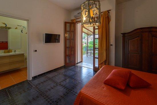 Vistamare Maison: ORANGE-ROOM