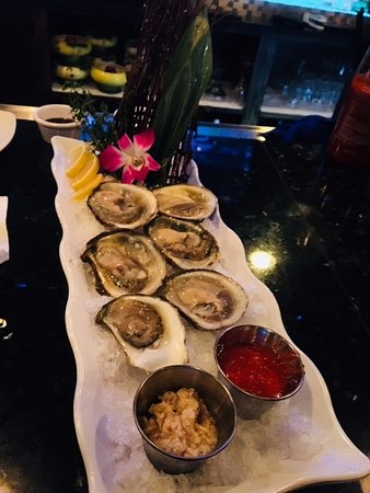 Ayer, MA: Oysters, only $13 a half doz, can't beat it!!