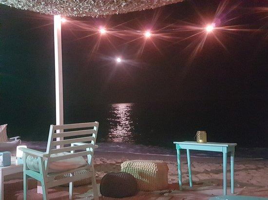 Bruma beach restaurant