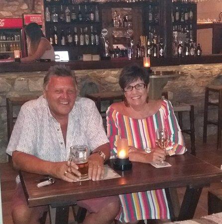 Limanaki: Drinks in the Draft Bar