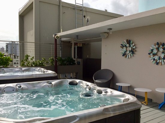 The Wave Hotel Condado: Roof top jacuzzis