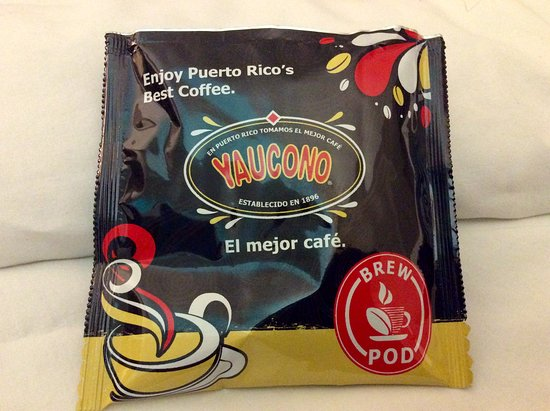 The Wave Hotel Condado: Fabulous local coffee ;() for use in room.