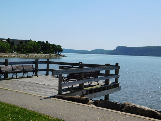 Ossining, NY: A short pier/overlook. Perfect for Hudson River Selfies.