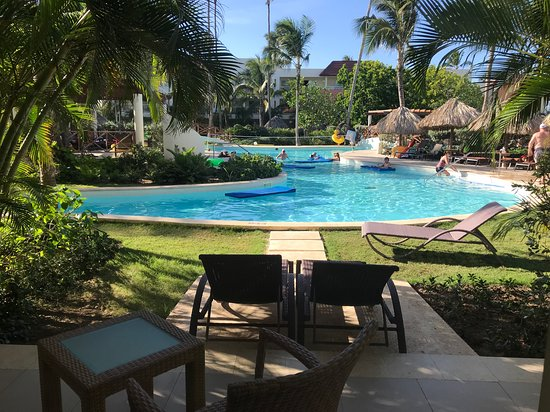 Secrets Royal Beach Punta Cana: Swim up