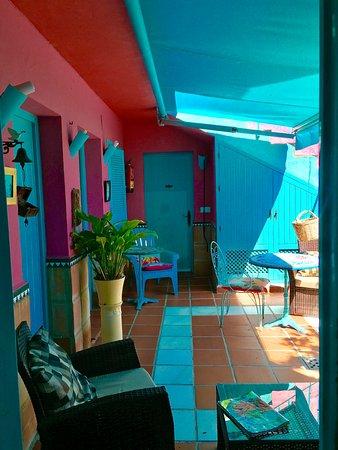 Maro, Spanien: The patio