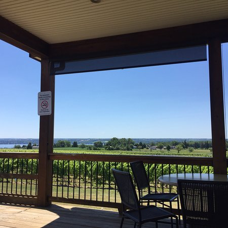 Three Brothers Wineries and Estates Foto