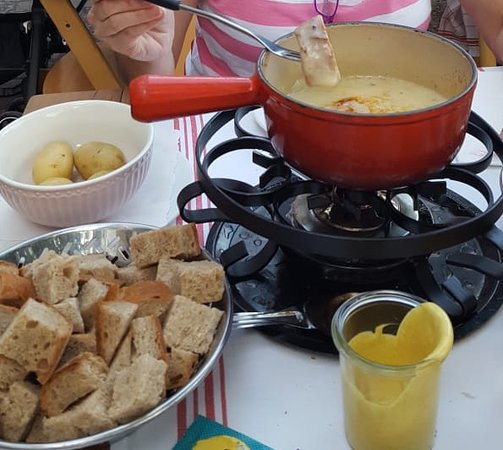 Zunfthausrestaurant Pfistern: Swiss Cheese Fondue