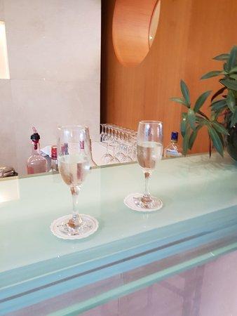 Eden Roc Hotel: Excellent holiday at Eden Roc Resort Hotel