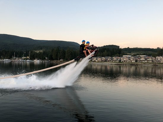 Sechelt, Kanada: Adult + Child on FlyRide