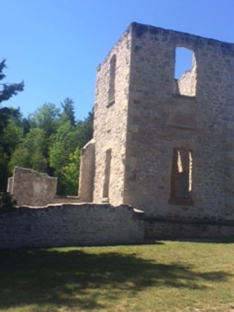 Rockwood Conservation Area: Mill ruins at Rockwood