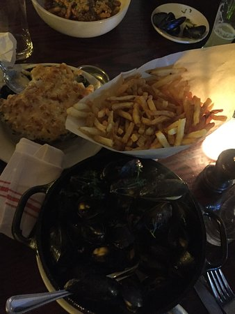 The Smith : Mc Cheese + Moule frites