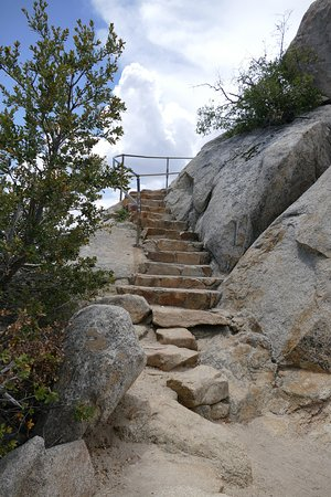 Descanso, Kalifornia: even the steep segments near to the peak have been prepared so that everybody sould be able doin