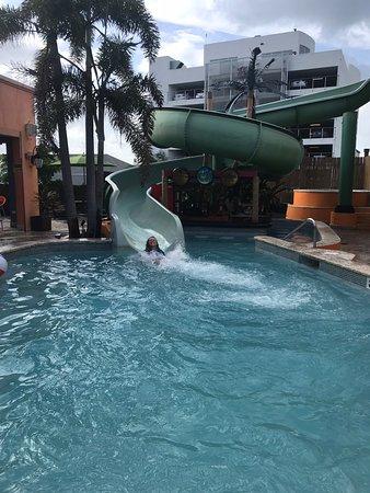 Jimmy Buffett's Margaritaville: Enjoying the waterside
