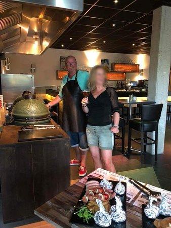 Wemeldinge, Países Baixos: Twee BGE kamado's voor de BBQ