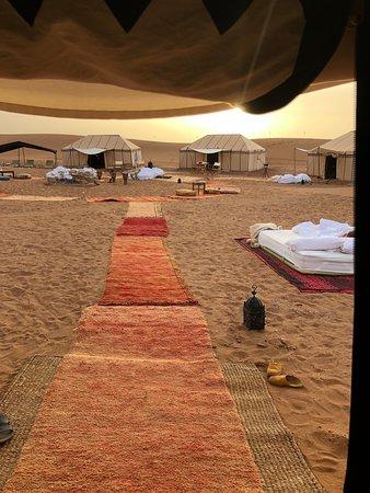 Nubia Luxury Camp Erg Chegaga: Beautiful camp