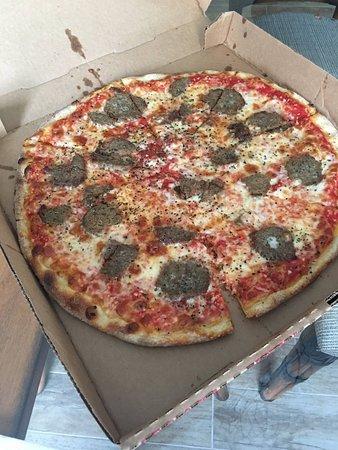 The Italian Deli & Market: Delicious Meatball Pie, extra thin and crispy