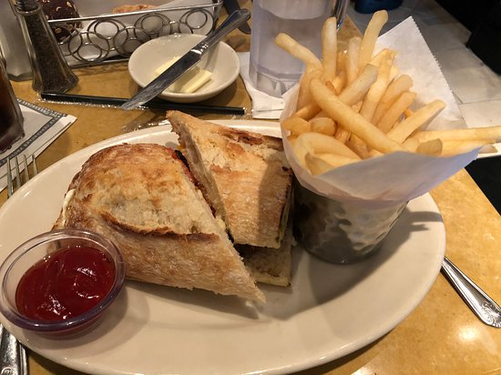 The Cheesecake Factory: Factory Burger