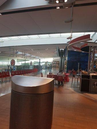 Foto de Dublin Airport Terminal 2