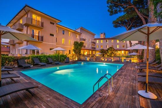 Marina Garden Hotel