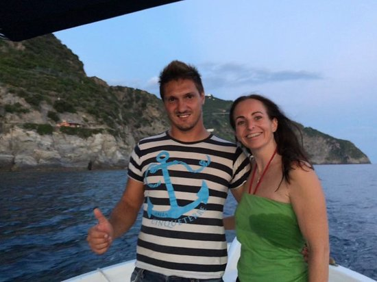 Enjoy Cinqueterre Boat Tours: Evening swim at the waterfall!