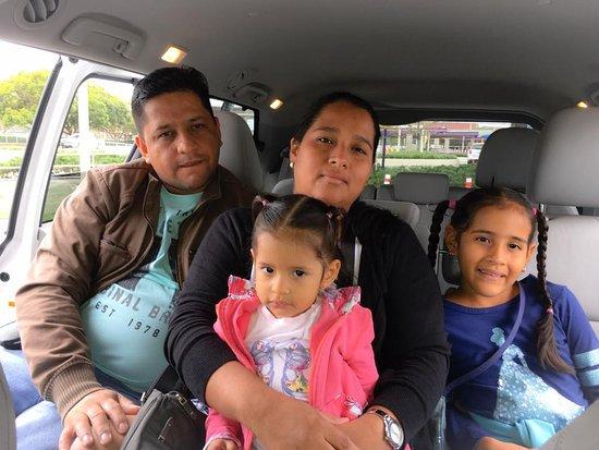 Tappsi Transportation: Elizabeth Toala & Family Guayaquil, Ecuador