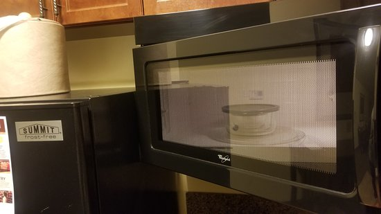 Staybridge Suites El Paso Airport Area: Microwave door cannot fully open! It is obstructed by the refrigerator.