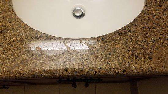 Staybridge Suites El Paso Airport Area: Bathroom counter not wiped down.