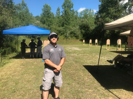 Washingtonville, NY: World Safety Training staff also Glock Range Officer and Glock Competition Shooter