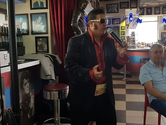 The Elvis Inn   Neve Ilan: אלביס