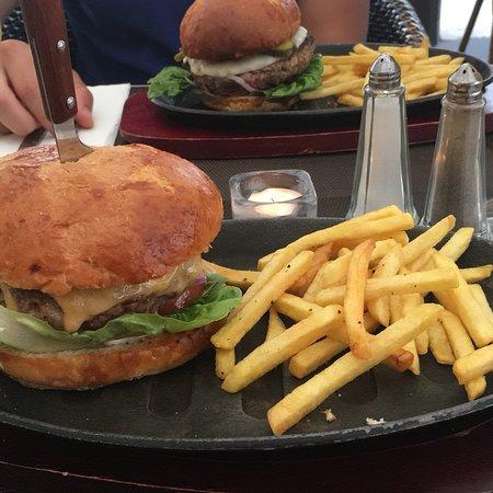 Bilde fra West End Restaurant
