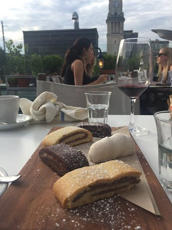Terroni: desserts with view