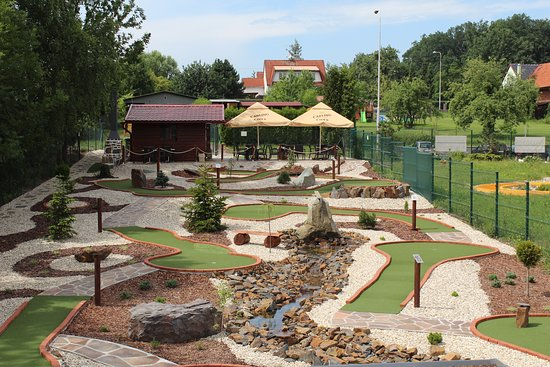 Adventure Golf Olesna