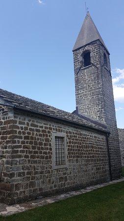 Hrastovlje, Словения: outside the church