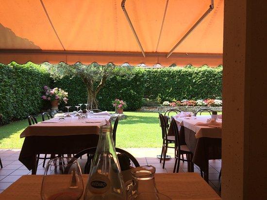 Costabissara, İtalya: Giardino esterno