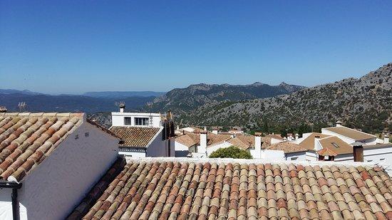 Aires de la Sierra Resmi